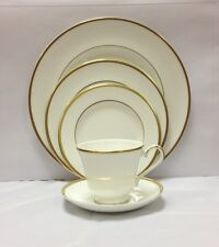 Royal Doulton Alice 5pc Place Setting - Brand New with Tags