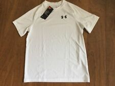 New Boys Under Armour White Heat Gear Loose Fit Shirt with Logo Size Youth Large