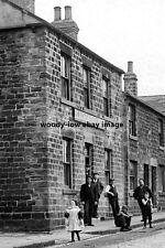 pt0806 - Blacksmiths Arms , Blacker Hill , Barnsley , Yorkshire - photo 6x4