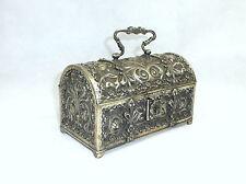 Seltene ausgefallene Schatulle um 1900 Bronze versilbert