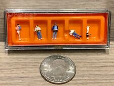 N Scale Preiser At The Self Service Restaurant #79107 -Food Trays (1 package)