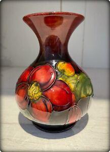 Beautiful Small Moorcroft Pottery Flambé Clematis Pattern Vase