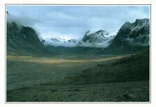 Canada-Baffin Island-The Weasel Valley in the canadien Arctic-aprox. 1995