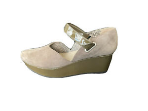 Robert Clergerie Coffee Suede Patent Platform Wedge. EU 39 UK 6. Mint Condition.