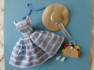 Vtg Barbie #969 Suburban Shopper Partial Set of 5 Dress Hat Fruit Japan Shoes NM