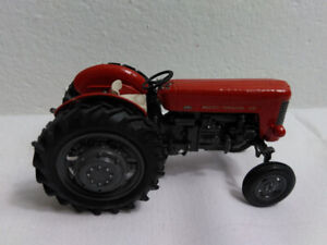 1/32 Scale Down 2wd Massey Ferguson 65 In Great Consition