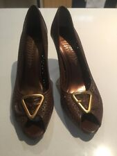 Bronx Wanted Shoes Brown Laser Cut Stiletto Heel 40 $179.95 Gold Triangle Buckle