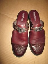 Womens MINNETONKA leather slides shoes size 8 brown