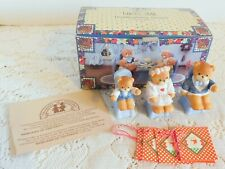 Vintage Enesco Lucy & Me Lucy Rigg 3 Seated Bears Thanksgiving Set