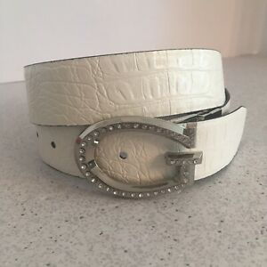 GUESS belt M reversible black & white textured faux leather G logo buckle