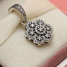 * Authentic Pandora Crystalized Ice Floral Pendant 390392C SnowFlake Christmas