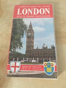 Vintage Book - London, includes City Map & Complete Guide