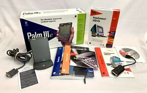 {VINTAGE} Palm IIIe Personal Digital Assistant with PalmConnect USB Kit - TESTED