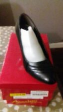 Ladies  Black  Bethany  annabelle Plus Slip On  Shoes size 5 with  3 in Heel.