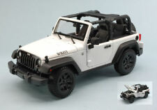 Jeep Wrangler Open Top 2014 White 1:18 Model MAISTO