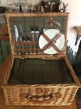 picnic hamper two persons tweed