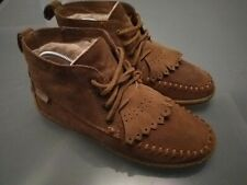Women's Size 4 GH Bass Brown Suede Moccasin Boots Fleece Lined Lace Up Warm