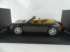 1:18 UT Models Dealer #WAP02100997 1998 911 Porsche Carrera Cabriolet Rareté