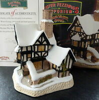 DAVID WINTER 1990 CHRISTMAS COTTAGE FEZZIWIGS EMPORIUM