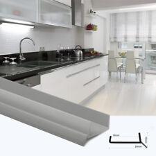 GRIS 1,5m JOINT DE PLINTHES DE CUISINE 18mm PVC strip pour aglo, bois, etc.