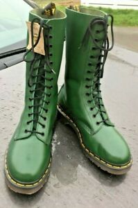 Vintage Dr Martens 1914 racing green leather boots UK 9 EU 43 Made in England