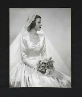 Vintage 1940's Photograph of Bride Beautiful Woman Wedding Dress Gown