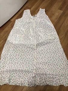 Women's Size 1X Long Nightgown