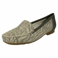 Ladies Rieker Cut Out Detailed Loafer Shoes '40086'