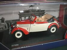 IXO / IST Models 054 - IFA F8 Cabrio 1953 bicolor - 1:43 Made in China