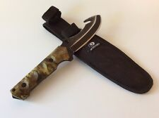 "MOSSY OAK 9.5"" GUT HOOK FIXED BLADE KNIFE WITH SHEATH INCLUDED"