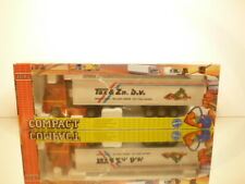 JOAL 330 VOLVO FH16 520 GLOBETROTTER XL - TAX & Zn - RED 1:50 - EXCELLENT IN BOX