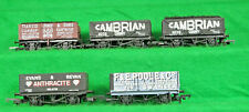 OO GAUGE 5 ASSORTED PRIVATE OWNER WAGONS AS PER PHOTOGRAPH. Unboxed [B]