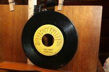 Sun Records 45  Big River Johnny Cash Come In Stranger