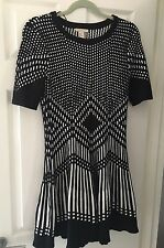 H&M BLACK WHITE HEAVY KNIT DRESS UK 14 EU 40