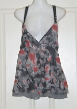 Womens size 8 pretty grey & pink blouse made by JUST JEANS