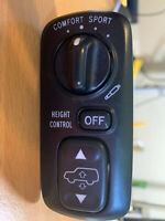 Lexus LX470 Toyota Land Cruiser AHC control Switch Suspension Ride Height 758235