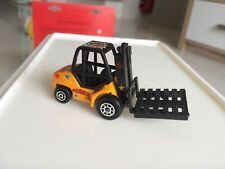 Majorette Forklift Pinder Model Yellow Circus Car Diecast