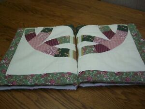 Pair of Country Patchwork Multi-color Floral Quilted Standard Pillow Shams