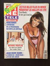 CINE REVUE 1996 N°24 tyra banks david soul michael douglas