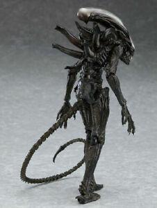 "7"" Scale Xenomorph Alien Action Figure Extendable Mouth Movie Collectible NECA"