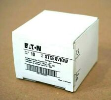 BOX OF 10 NEW EATON XTCEXVIGW VOLTAGE INDICATOR