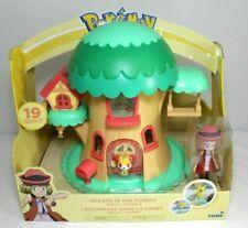 Pokemon Escape in the Forest Serena Fennekin Tree House Play Set