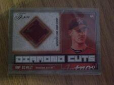 Roy Oswalt Diamond Cuts Flair 2003 jersey relic card