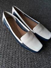 BNIB Womens Easy Spirit Navy & White Leather Loafers UK Size 7
