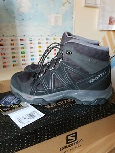 Salomon Hiking Boots Size 9