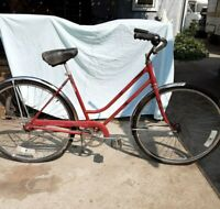 Schwinn Ladies Vintage Breeze Bicycle Schwinn Single Speed Cruiser