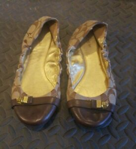 Coach Delphine Signature Ballet Flats Size 8  like a new, never used! FAST SHIPP