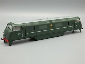 """Hornby Class 42 No. D805 BR (Early) """"Benbow"""" Locomotive Body Only"""