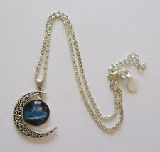 Fashion Necklace & pendant quarter moon with round night sky -silver color