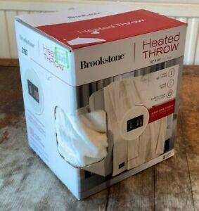"Brookstone Heated Throw 50""x60"" (127cm x 152cm) in Cream"